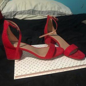 8c3bb630beb Red short target heels